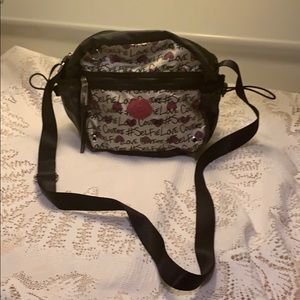 OFFERS ONLY Juicy Couture Purse/Crossbody Pre Ownd